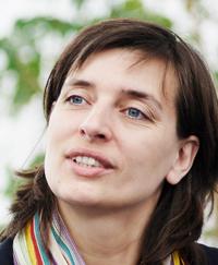 Erste Handzeichen aus Karlsruhe - Prof. Anette Leßmöllmann meldet sich mit Rungvorlesung zur Wissenschaftskommunikation