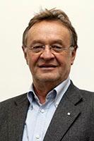 Dr. Josef König