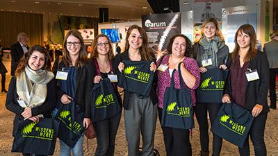 """Die """"Wissenswerte 2015"""" im Spiegel der vielen Teilnehmer - Dank """"Storify"""" entsteht ein Gesamtbild mit Inhalten und Emotionen. (Foto: Messe Bremen/J.Rathke)"""